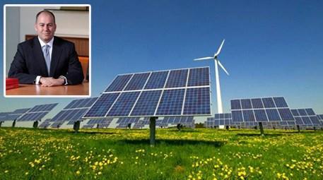 Alper Hakan Yüksel '2013 yılı enerji ve altyapı yatırımları için başarılı geçti'