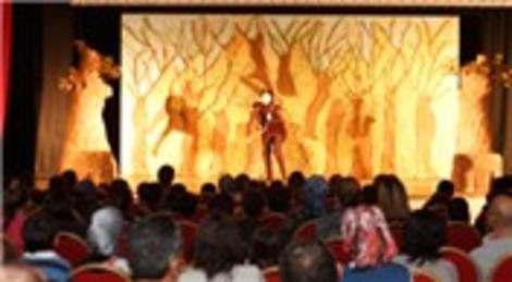 Bosch Çevre Çocuk Tiyatrosu, Dünya Tiyatro Günü'nü İzmir'de kutluyor