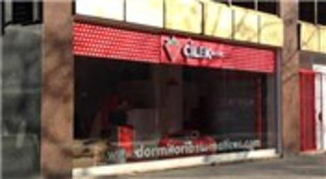 Çilek Mobilya İspanya Barcelona'da ilk mağazasını açtı