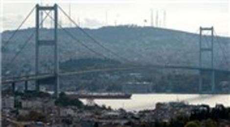 İstanbul meydanlarında ücretsiz internet dönemi başladı