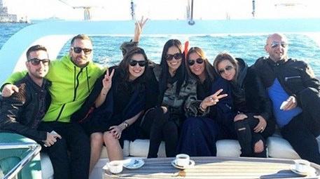 Adriana Lima İstanbul fotoğraflarını sosyal medyada paylaştı