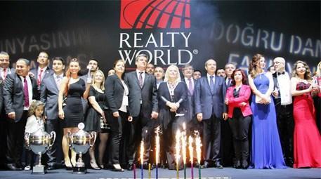 Realty World en iyileri Girne'de ödüllendirdi