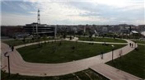 Esenler Belediyesi park çalışmalarını tamamladı