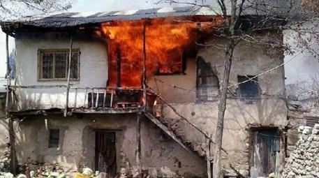Buzdolabındaki buzları eritirken evi yanan kadına ev verilecek