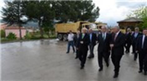 Recep Altepe Bursa'nın dağ ilçelerindeki şantiyeleri inceledi