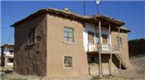 Kerpiç ve ahşap evlere deprem sigortası mecburiyeti getiriliyor