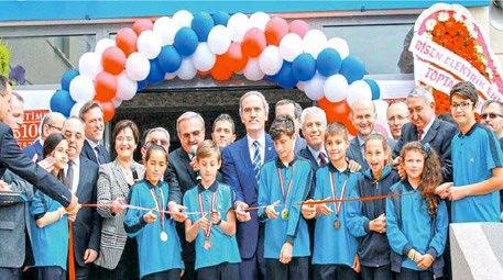 Muammer Ağım, Bursa'ya okul yaptırdı