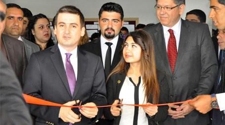 Özak Global Holding Diyarbakır'da 'Düş Kütüphanesi' kurdu