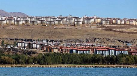 Çevre ve Şehircilik Bakanlığı 'Van yeniden inşa edildi'
