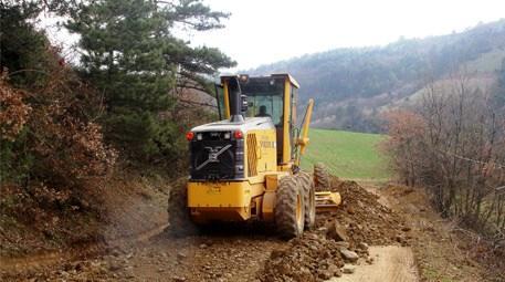 Bursa Büyükşehir Belediyesi yeni ilçelere arazi yolu yapıyor