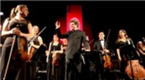 Cem Mansur Quasar İstanbul ana destekçiliğinde 2. konserini verdi