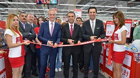 Media Markt, Denizli ve Malatya'da aynı gün 2 mağaza açtı