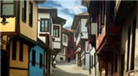 Türk Kızılayı Eskişehir'de çatı, onarım ve kaplama yaptıracak