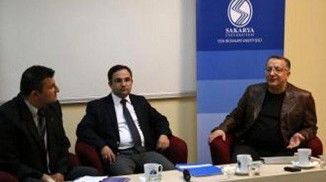 """Sakarya'da """"Deprem Gerçeği ve Kentsel Dönüşüm Paneli"""" düzenlendi"""