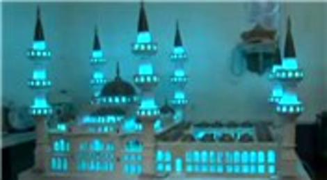 Sultan Ahmet Camisi'nin mermerden minyatürü yapıldı