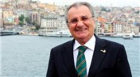 Timur Bayındır, 'Arap turist Türkiye'yi 'komşu kapısı' yaptı'