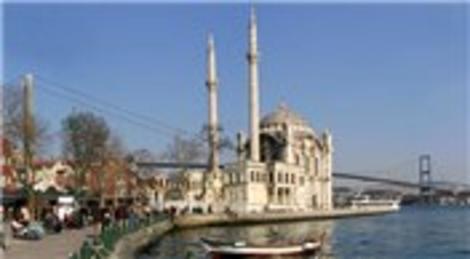 Ortaköy'deki Büyük Mecidiye Camisi yarın ibadete açılıyor