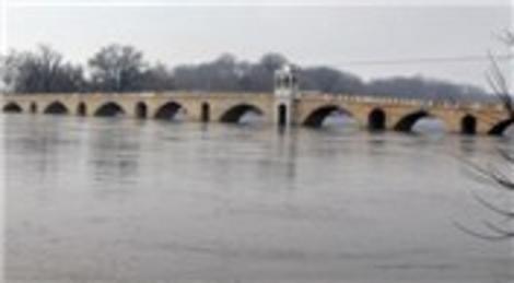 Tunca Nehri'nin debisinin düşmesiyle sorunlar yaşandı