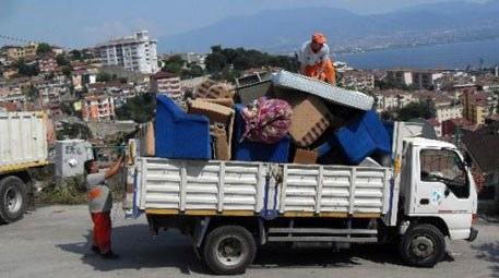Günde 4 ton ev eşyası toplanıyor