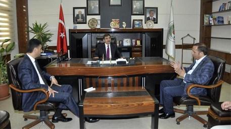 İdris Güllüce Dilovası Belediye Başkanı Ali Toltar'ı ziyaret etti