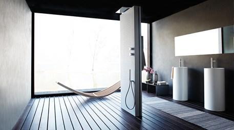 Acquapura serbest duş paneli ile düşsel yolculuklara çıkın