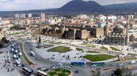 Kayseri'de 1.5 milyon liraya satılık arsa!