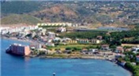 İzmir Çeşme'de icradan satılık villa ve arsa