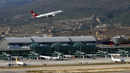 Turist, İzmir'e en çok havadan geldi