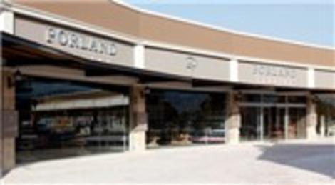 Porland, Kuşadası mağazasının kapılarını açtı!
