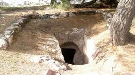Kentsel dönüşüm, kaya mezarlarını turizme kazandırıyor!