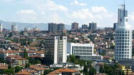 Şehrin merkezinde 52 ev ile 3 arsayı satışa çıkardı