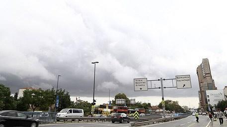 İstanbul'dan 'kestane karası' fırtınası geçti