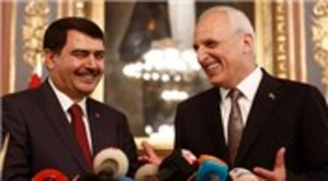 İstanbul'un 25. valisi Vasip Şahin, görevine başladı