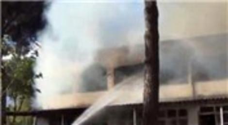 Adnan Menderes'in kurduğu fabrika cayır cayır yandı
