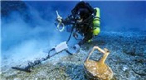Ege Denizi'nde Titanik bulundu! Gemi enkazında...