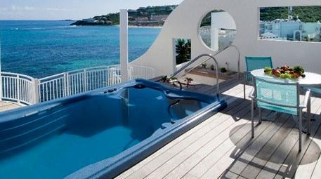 Fantasia Seramik, yüzülebilir spa havuzuna imzasını attı
