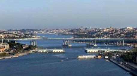 Galata Köprüsü'nün üç parçası kayboldu! Peki nasıl?
