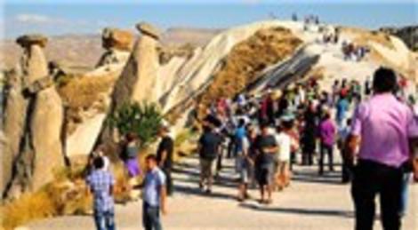 Turizm gelirleri yüzde 11 arttı, 12.8 milyar dolar oldu!