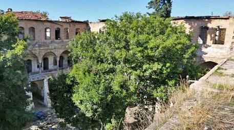 Şanlıurfa'daki Barutçu Hanı gün yüzüne çıkıyor