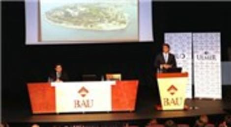Mustafa Demir, 'belediyelerde yönetişim'i anlattı
