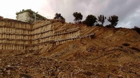 Kuşadası'ndaki toprak kaydı, 63 daire mühürlendi