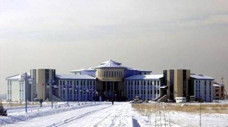 Yüzüncü Yıl Üniversitesi, küllerinden doğdu!