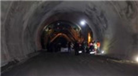 Güneyce Tüneli'nde göçükten sonra işler durdu