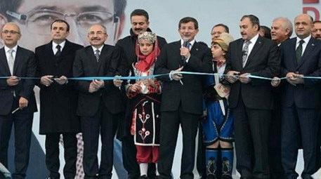 Ahmet Davutoğlu, Balıkesir'de 114 tesisi, törenle açtı!