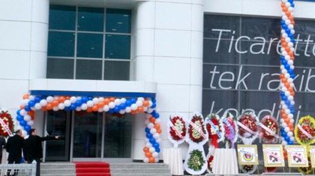 Ford'un Ankara bayisi Kartaş yeni 3S tesisini hizmete açtı