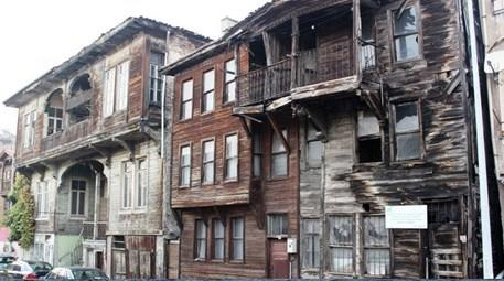 Bartın'daki tarihi evler yıkıldı yıkılacak!