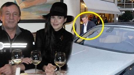 Ali Ağaoğlu'nun sevgilisi Sofia Larin şoför koltuğunda!