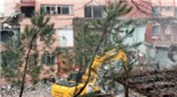 Taksim'deki meşhur bina tarih oluyor!