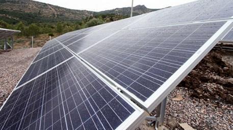 İzmir'deki güneş enerjisi -