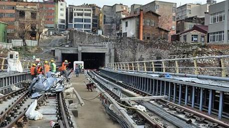 Tarihi Ceneviz Sur'u Geçiş Projesi
